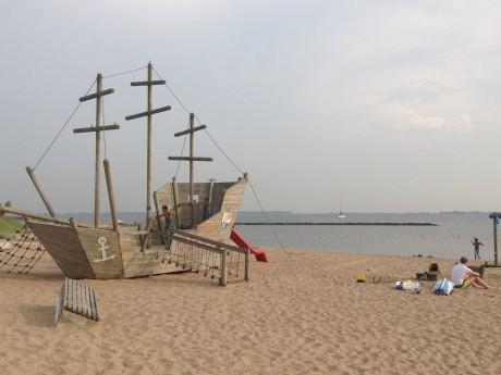 Kleine strand Hellevoetsluis camping 't Weergorskopie.jpg
